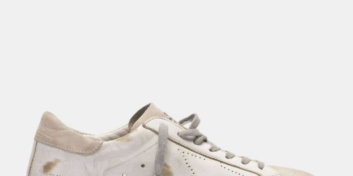 Golden Goose Shoes this